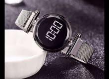 ساعة اليد نسائية جميلة