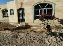 بيت ارضي وطابق في منطقة سعوان