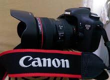 كاميرا 7Dللبيع معها عدسة 24-10