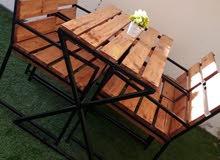جلسة خارجية ب خشب الصنوبر الطبيعي و الحديد