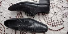 حذاء جلد اسود مقاس 43