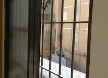 شقة ديلوكس للايجار - المصيطبة