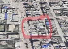 منزل كبير مساحته 650 متر يفتح على شارعين - شارع رئيسي تجاري وشارع فرعي ..