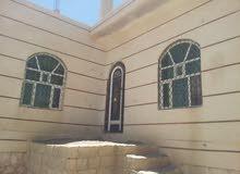 بيت  مسلح للبيع في حزيز