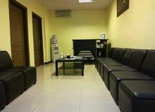 مكتب أو عيادة للإيجار أو البيع على شارع المدينة المنورة بجانب عيادات ابن الهيثم