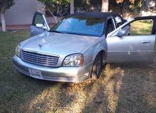 كاديلاك دفيل 2003 وماشيه 174 الف ميل . السيارة فى حالة ممتازة .