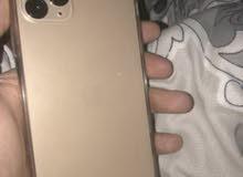 للبيع ايفون برو ماكس لون ذهبي في ضمان ( ولا خدش في ) شبه الجديد للتواصل على رقم 0564680696