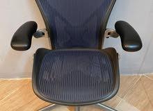 كرسي هيرمان ميلر مكتبي طبي
