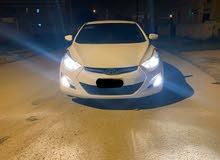 هونداي النترا 2016رقم واحد الفئة الثانيه خليجي والسيارة بحالة ممتازة