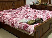 غرفة نوم خشب بحريني بحالة ممتازة مقاس السرير 150 في 200 السعر بدون تركيب 70 التو