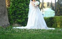 ثوب زفاف تصميم خاص