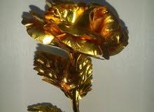 ورد مطلي بماء الذهب عيار 24k
