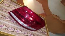 ليت مرسدس E300 اصطاب الخلفي يمين موديل 2012/2013نضيف جدا