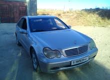 مرسيدس سي 200