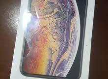 أيفون XS 64GB gold أمريكي أصلي جديد