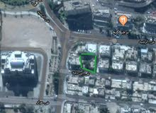 عمارة  بمنطقة ممتازة مستقبل تجاري قريبة ارقى تجمعات المطاعم بمدينة العقبة