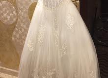 بيع فستان عروسه بحاله جيدا ولبسه اولى