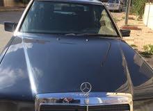 km Mercedes Benz E 200 1993 for sale