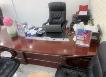 للبيع مكتب نظيف For sale office