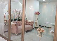مكاتب ومحلات للايجار+ شهر مجاني