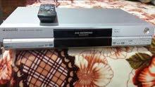 جهاز DVD ماركة باناسونيك اصلي يعرض ويسجل على القرص نظيف جدا وشرط الشغل .