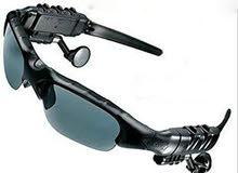 النظارات الذكيه نظارات شمسيه راقيه متعدده الاغراض مزوده بي سماعتين بلوتوث.