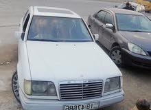 مرسيدس بطة 1995 قصعات واحد جيد موتور وقير جديد