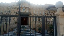 Luxurious 400 sqm Villa for sale in Mafraq