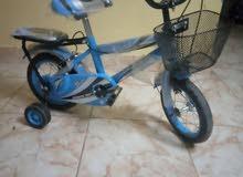 (عجلات أطفال)