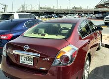 Altima 2011 Red Perfect condition