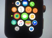 montre appel Watch connecté (série 1) avec deux bracelet milanaise