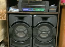 SONY LOUD SPEAKER SHAKE X 30 D WITH WOODEN TABLE FREE!!!!