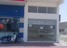للايجار محل تجارى بموقع مميز بإمارة الشارقة، منطقة الحمرية