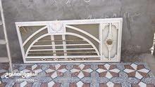 باب حديد غير مستعمل