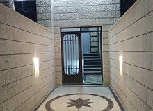شقة طابق اول فاخرة للبيع ضاحية الاستقلال