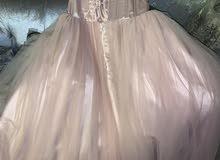 فستان للبيع 500 ريال
