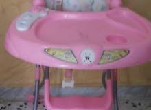 كرسي اطفال مستعمل استعمال نظيف