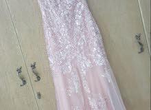 فستان لبسه واحده جديد