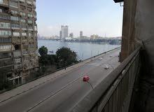 للبيع شقة 240متر على النيل ميدان جامعة القاهرة