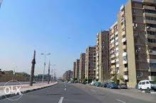 للسكن أو للشركات او عياده او سنتر شقه بشارع يوسف عباس الرئيسى