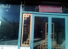 محل تجاري على شارع الاتوستراد الزرقاء