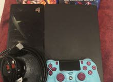 used ps4 with 2 game and 1 controller for sale