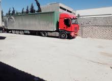 شاحنة لنقل البضائع