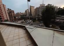 مكاتب للبيع في بناية بشير اميس