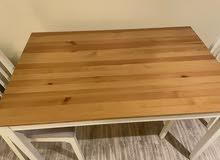 طاولة مستعمل خفيف