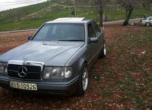 Mercedes Benz E 200 1990 for sale in Irbid