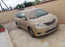 Automatic Gold Toyota 2011 for sale