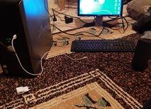 جهاز كمبيوتر مكتبي شبه جديد كامل بجميع ملحقاته سعر بيع 400 او تبديل تلفون موصفات