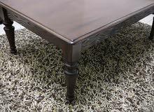 طاولات وسط