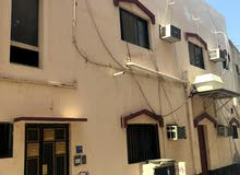بيت للبيع على شارع ولي العهد